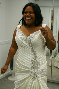 Say Yes to the Dress Big Bliss : Programs : Real Time : Discovery ...
