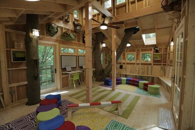 previous image 1 10 next - Treehouse Masters Interior